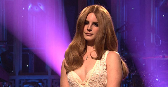 "Headphone Infatuation: THE ""AUTHENTICITY"" OF LANA DEL REY"