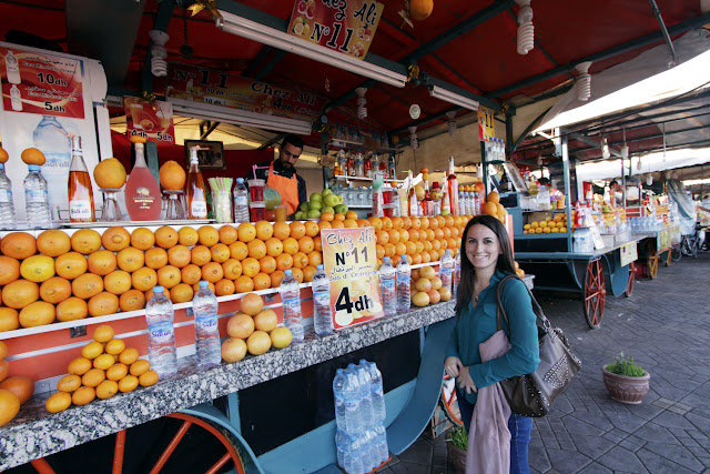 Un puesto de zumo en la plaza Jema El Fna