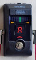 Afinador de guitarra formato pedal