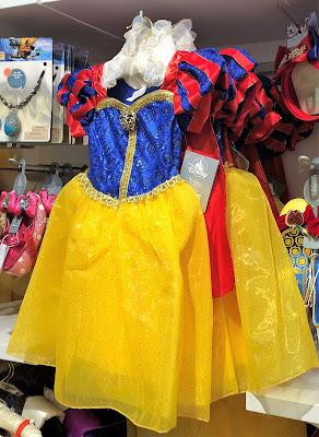Snowwhite Costume Shop Neuschwanstein