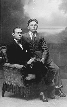 Before the storm: A gay couple photographed in Berlin in 1926. Source: Schwules Museum, Berlin.