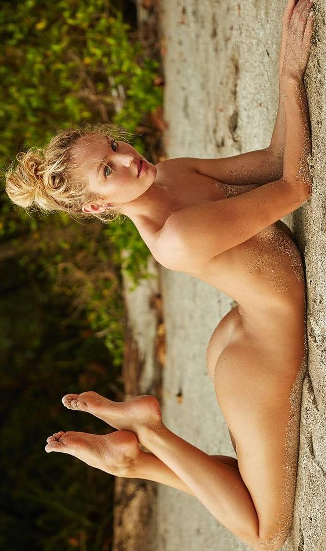 Candice Swanepoel desnuda - Farándula Internacional - Parejas Disparejas