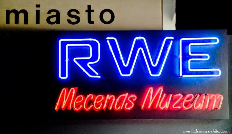 Muzeum Neonów, Warszawa, neony prl