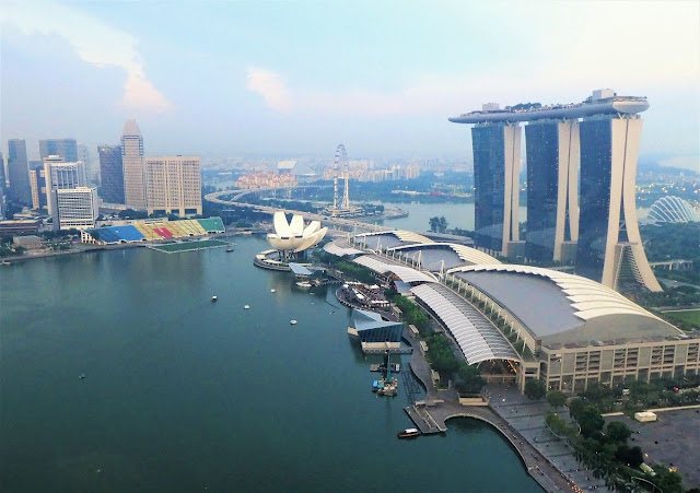 Singapore - view from LeVeL33