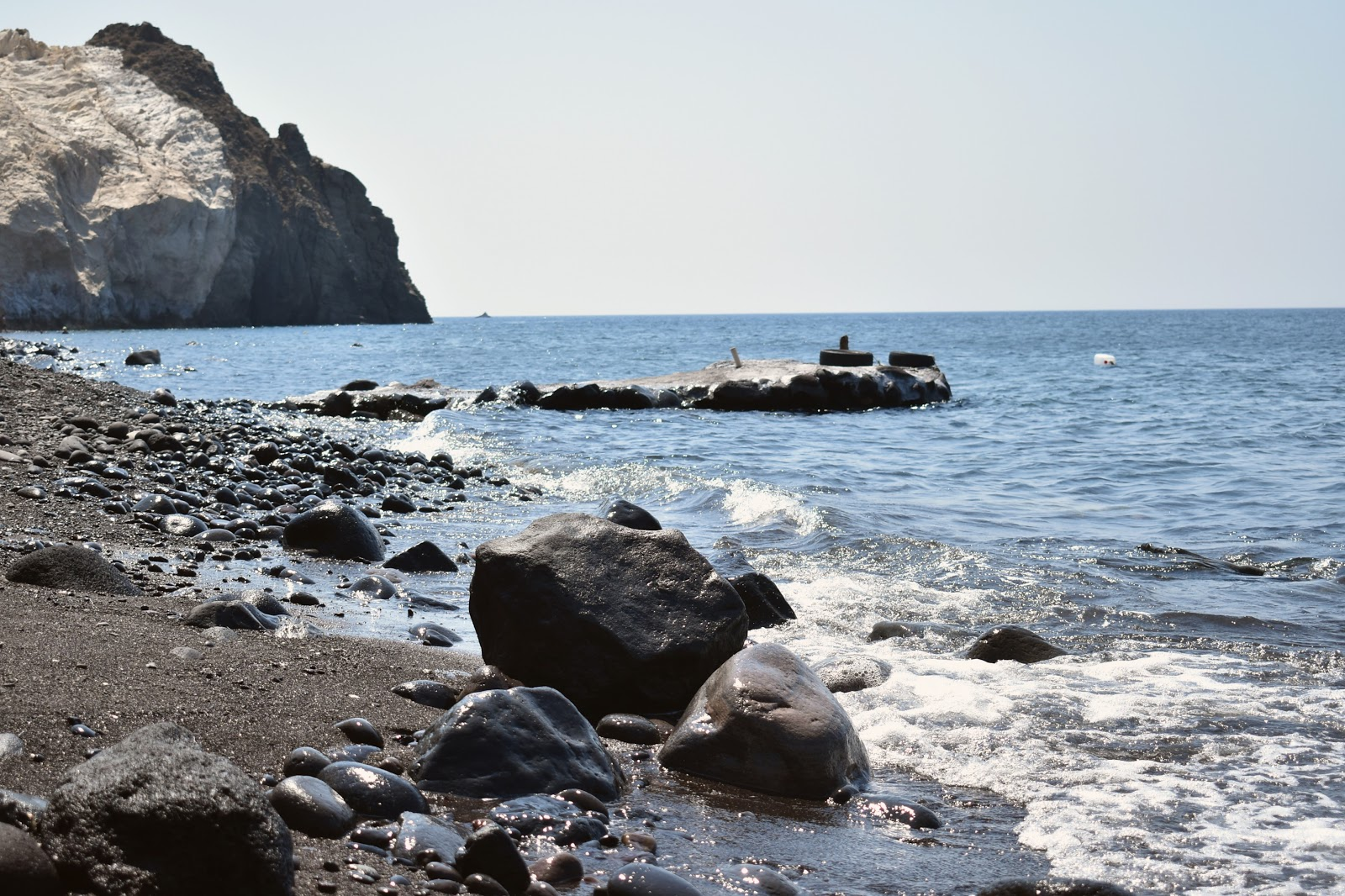 black beach, santorini, grecia