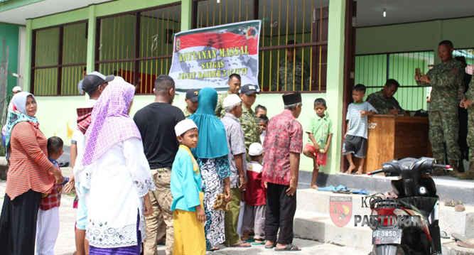 Dalam rangka memperingati HUT ke-57, KOSTRAD, Pos 1 Pelauw SSK III Satgas Pamrahwan Yonif R 515/UTY menggelar Bakti Sosial (Baksos) pengobatan massal bagi warga, yang bertempat di Puskesmas Dusun Waimital Kecamatan Pulau Haruku , Maluku Tengah.