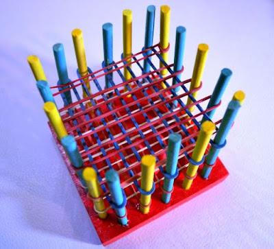 bikin sendiri wadah pulpen dari karet gelang