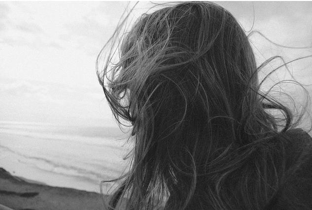 Resultado de imagem para cabelos ao vento