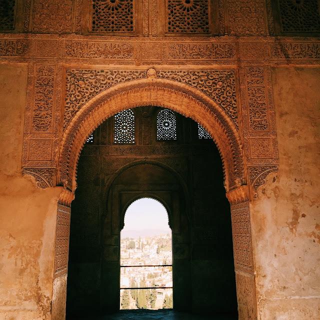 la alhambra granada spain guide
