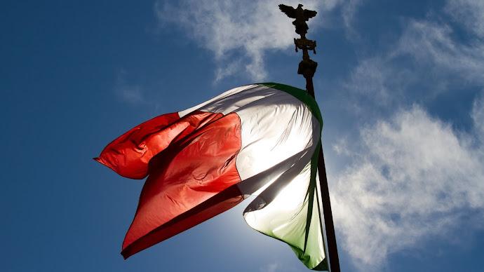 Wallpaper: Italian Flag