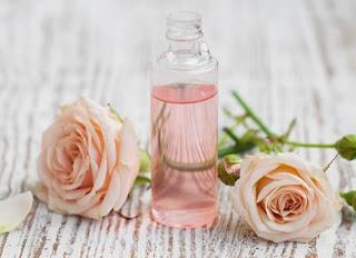 air mawar untuk wajah