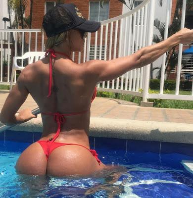 Γυμναστείτε με την NIA ISAZA IFBB Bikini Fitness