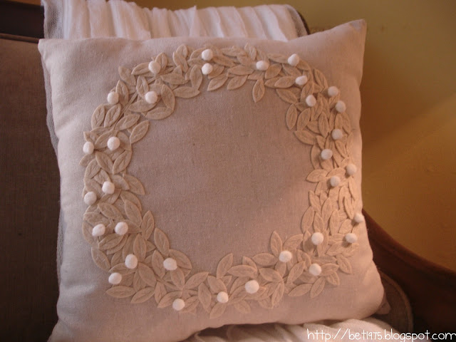 Pottery Barn Pillow Knockoff