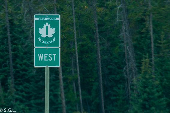 Señal autopista Trans Canada en Banff