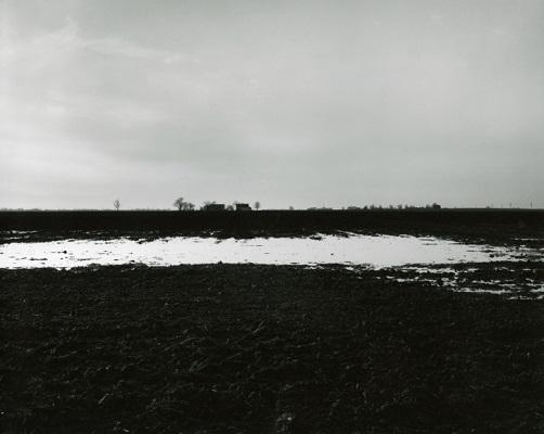 """From """"Farm Landscapes"""" - 2005 - photo by Rhondal Mckinney   sad black and white photos   imagenes bellas de soledad y tristeza, fotos en blanco y negro bonitas"""