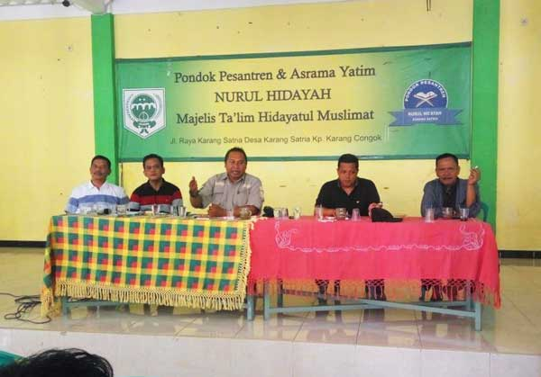 M. Nurfahroji Sosialisasikan BPJS Ketenagakerjaan Pada Warga Karang Satria