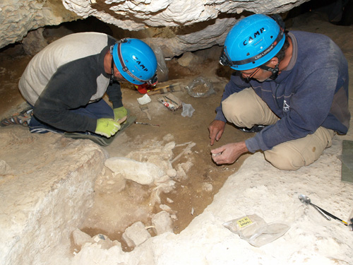 Spanish exhbition highlights 4,600 year old cave burial site