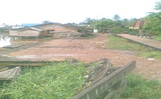 Erosi Tebing Sungai Di Desa Telaga Silaba Kecamatan Amuntai Selatan