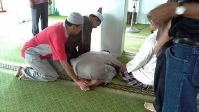 Subhanallah, Kisah Tukang Becak Meninggal Saat Sujud Sholat Ashar Di Masjid Banda Aceh