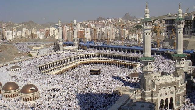 Ahoker Ini Lecehkan Takbir dan Ibadah Haji
