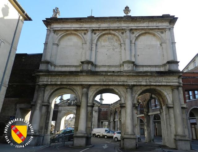 NANCY (54) - Porte Saint-Nicolas (XVIIe siècle)