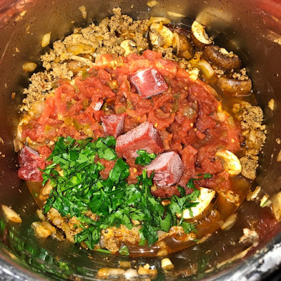 Food Under Pressure One Pot Smokey Meat Sauce Over Rice