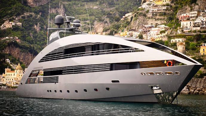 Wallpaper: Ocean Pearl Luxury Yacht