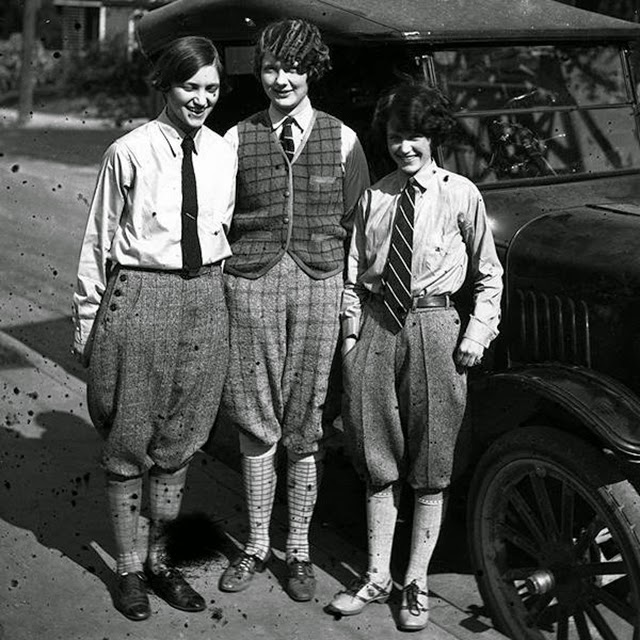 womens street fashion of the 1920s vintage everyday