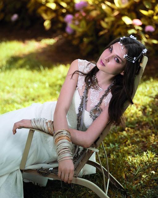 qVestidos de novia a la moda | Coleccion Jesús Peiró