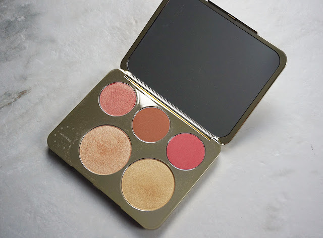 Blushes and highlighter pans in the Becca Cosmetics x Jaclyn Hill champagne glow face palette