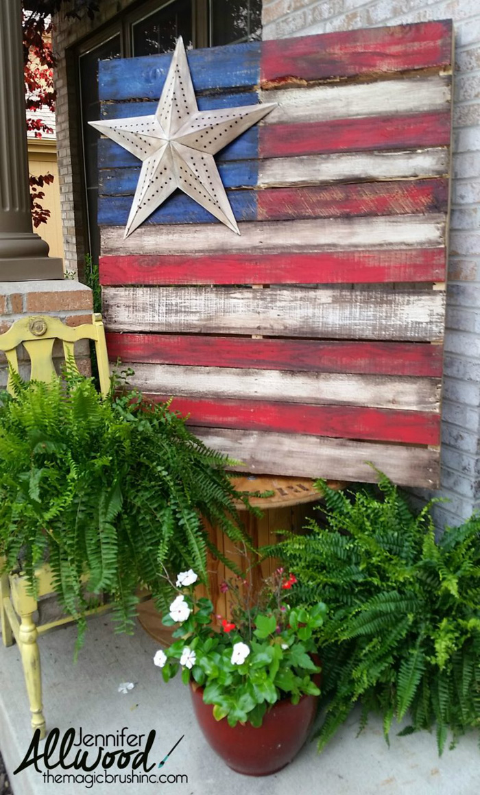 8 Fun Patriotic Projects - perfect for Fourth of July!
