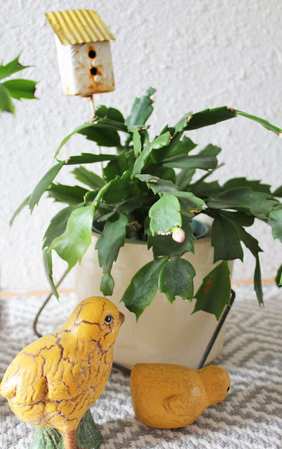 Spring and Easter Decor Ideas From Itsy Bits And Pieces Blog