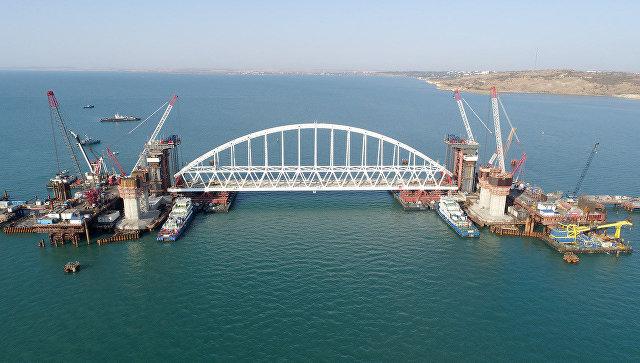 Grave conflicto internacional tras entrar ilegalmente tres buques ucranianos en aguas territoriales rusas
