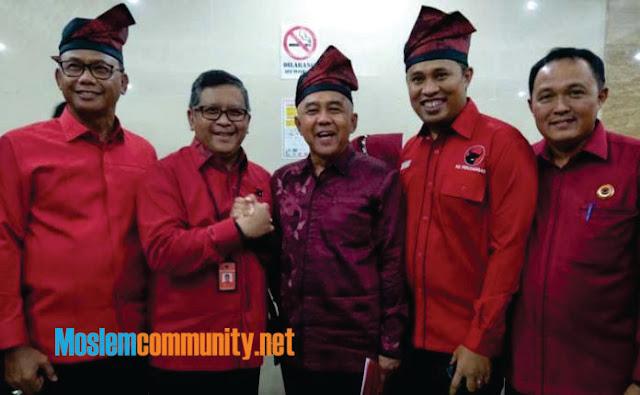 Dahsyat... Warga Riau Ramai-Ramai Menolak Gubernur yang Diusung PDIP
