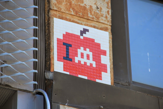 Mosaic Street Art By Space Invader On The Streets Of New York City, USA. 4