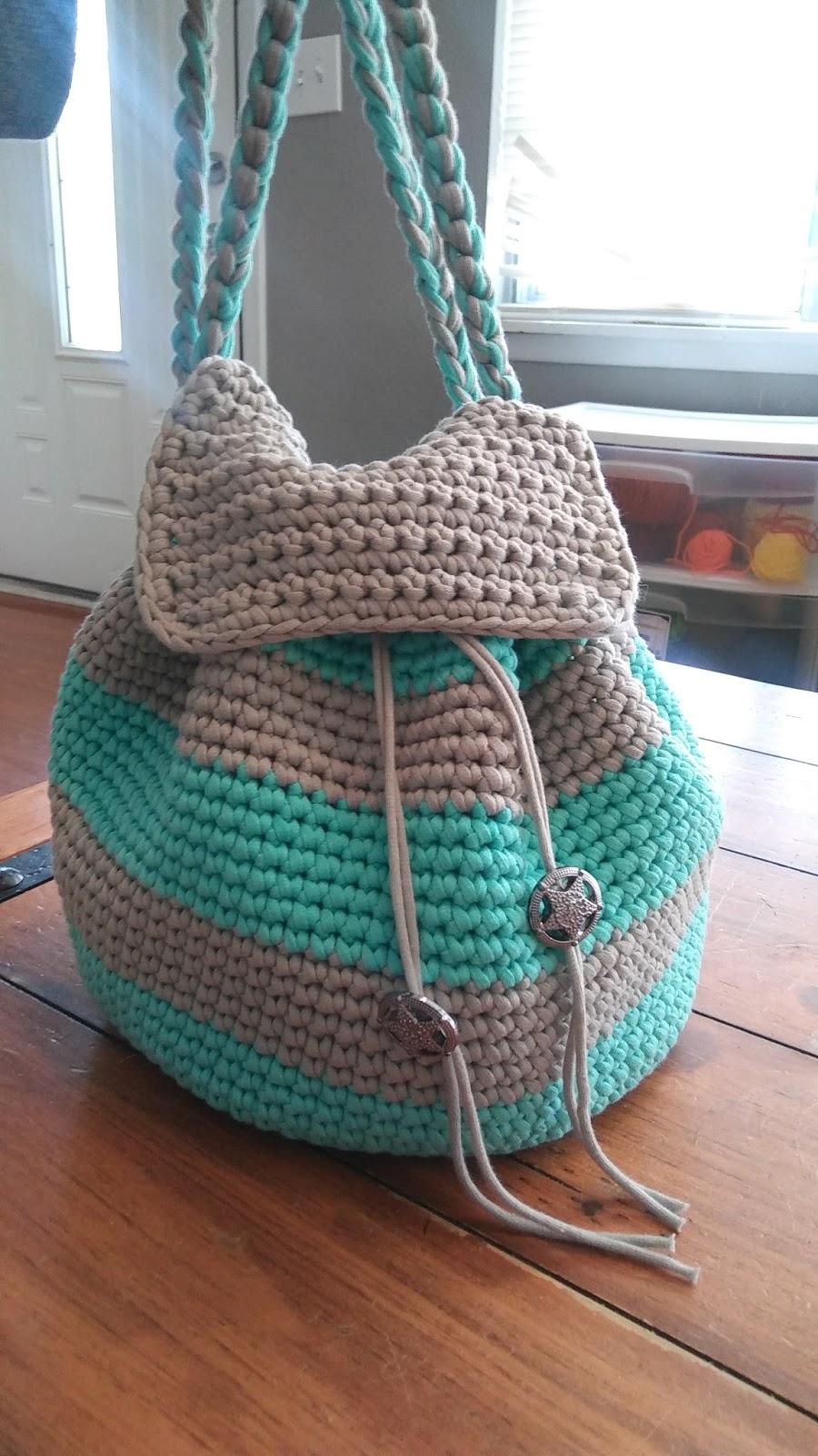slouchy stripes backpack free pattern. Black Bedroom Furniture Sets. Home Design Ideas