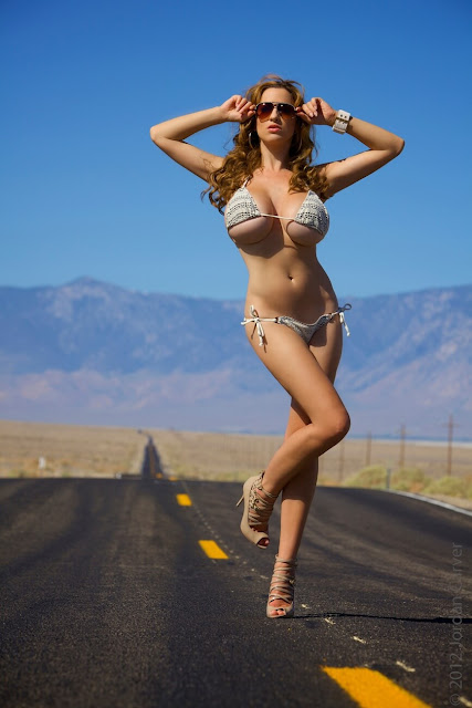 Jordan-Carver-Busty-Photoshoot-Road-Sign-Pic-8