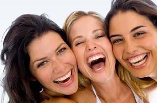 Janganlah Sering Murung Terus, Yuk Banyakin Ketawa dan Rasakan 5 Kemanfaatannya Ini