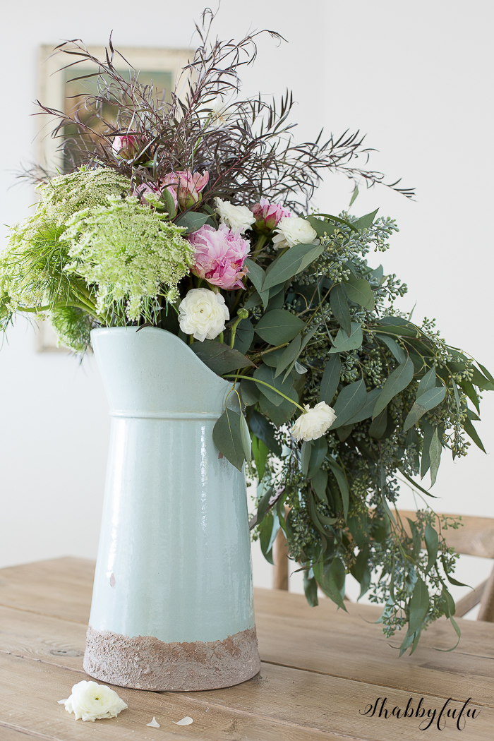 How to make a beautiful wild flower arrangement shabbyfufu for A arrangement florist flowers