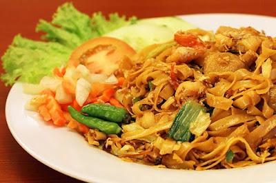 Gambar Resep Kwetiau Goreng Seafood Istimewa