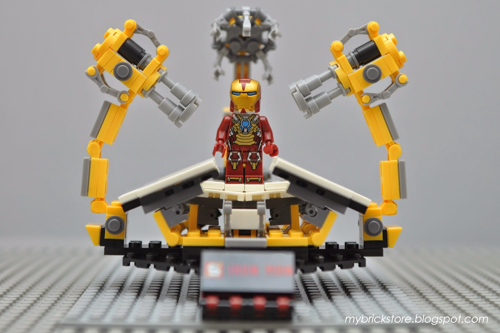 My Brick Store: Lego Iron Man Gantry - SY304 by Sheng Yuan
