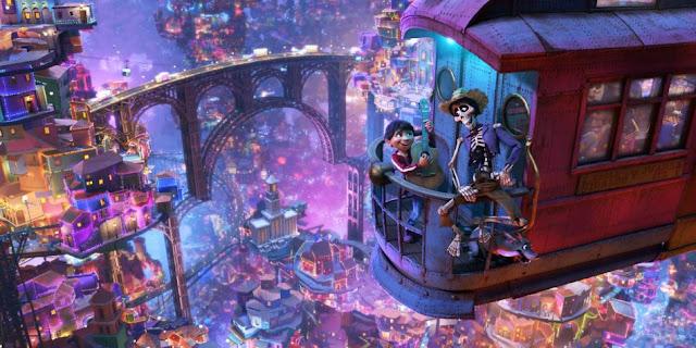 Coco es un nuevo prodigio de la técnica como todas las películas de la factoría Pixar, por ejemplo, en la escena en la que el protagonista llega al mundo de los muertos, lugar en el que se encuentra con sus ancestros, se necesitó renderizar la escena con 7 millones de fuentes de luz.