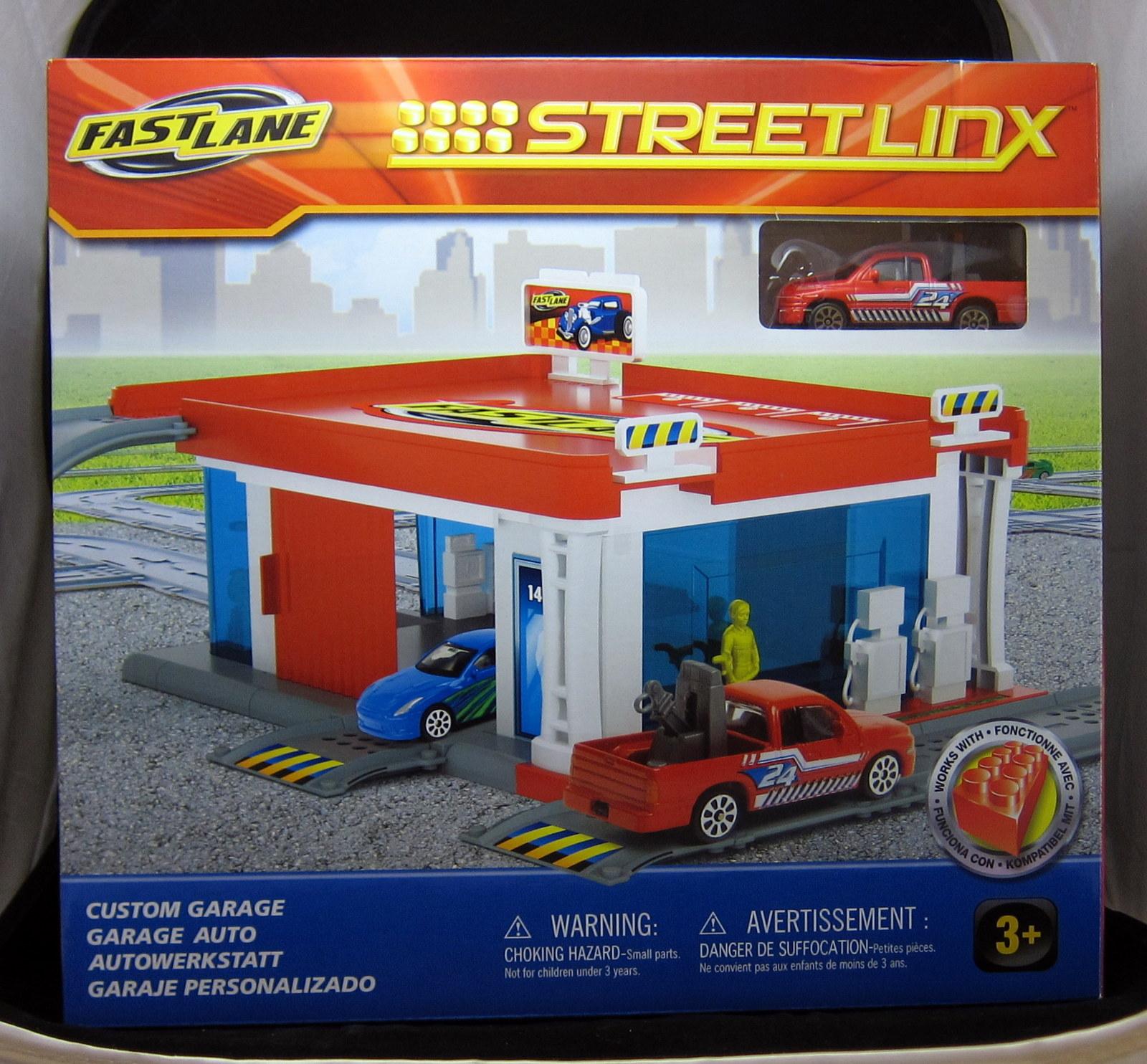Diorama Fun Toysrus Fastlane Garage Pt 1