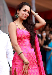 Sizzling Celbs Malaika Arora Snapped Janmashtami celebrations in Mumbai