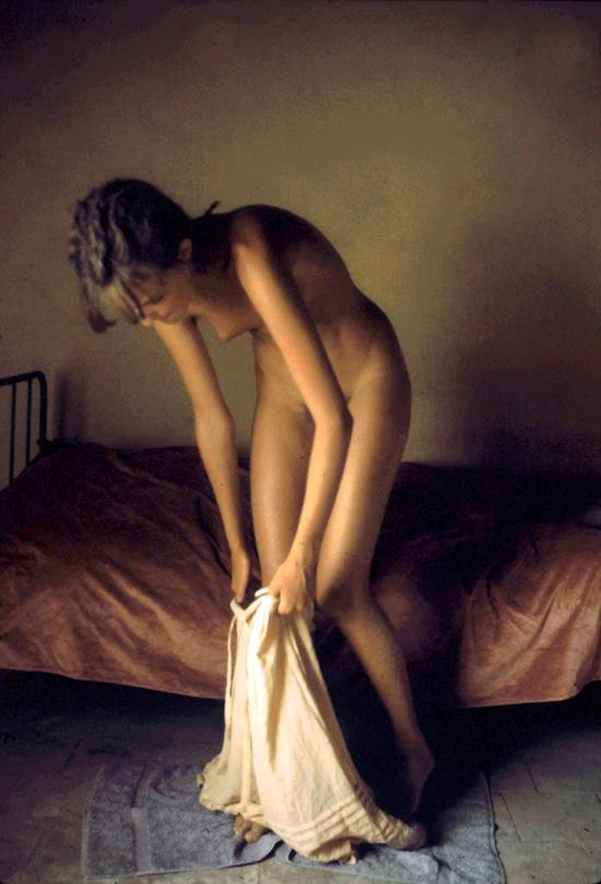 David hamilton girl red towel, peaches larue smoking