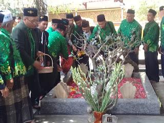 Harlah NU 96, Pergunu Jawa Timur Ziarahi Makam Pendiri NU