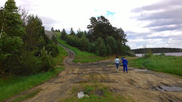 Озеро Сугомак по пути к Чертову городищу под Кыштымом