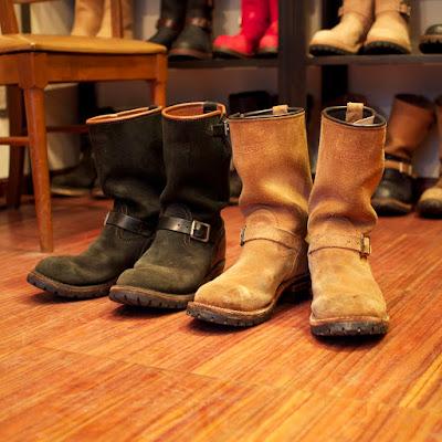同オーナーが所有する2足のウエスコ製、エンジニアブーツのボス。ブラックラフアウトとバーラップラフアウトのライフスタイルが反映されたブーツ。