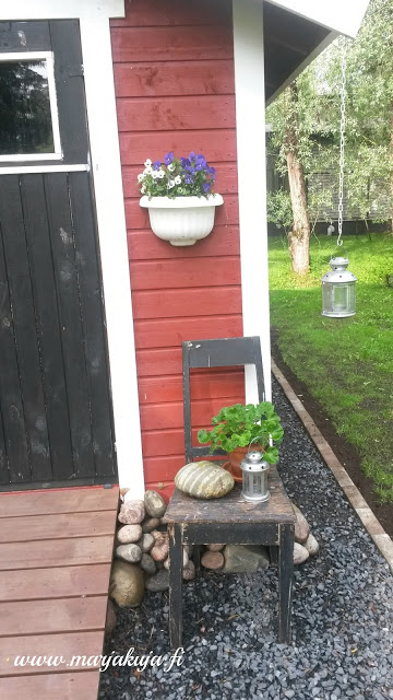 puutarhavaja kesa vanha tuoli