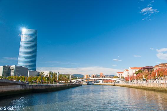 Pasarela padre Arrupe. Bilbao, la ria y sus puentes